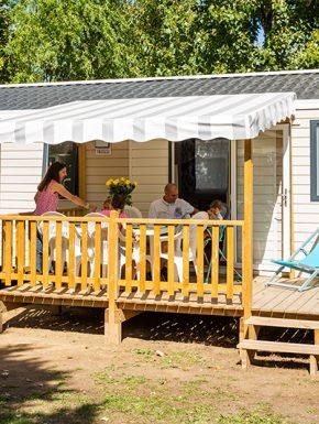 location mobil home avec terrasse en vendée